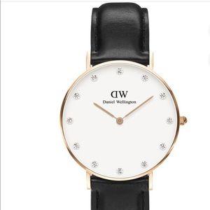 Daniel Wellington Accessories - Daniel Wellington Ladies Watch